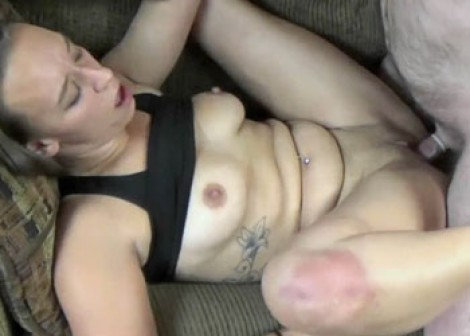 Nicci Taylor is fucking a lucky geek
